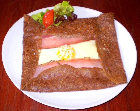 Galette classique jambon oeuf fromage